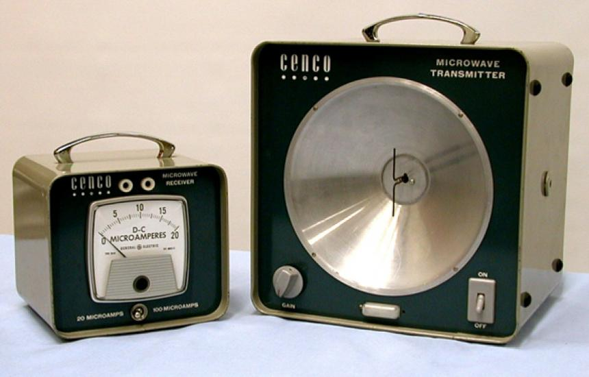CENCO microwave transmitter and receiver.